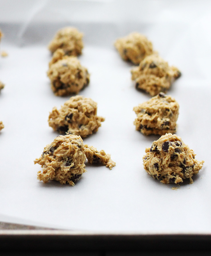Irish Cream Oatmeal Chocolate Chip Cookies