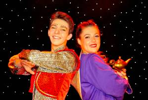 aladdin genie pantomime frome theatre