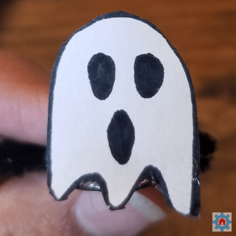 Ghost glued to pipe cleaner and magnet