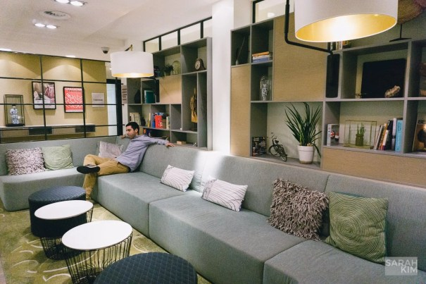 If you want a home away from home and get away from traditional hotels where you just can't settle in, check out the Element Hotel in Amsterdam. It's super convenient and cozy!