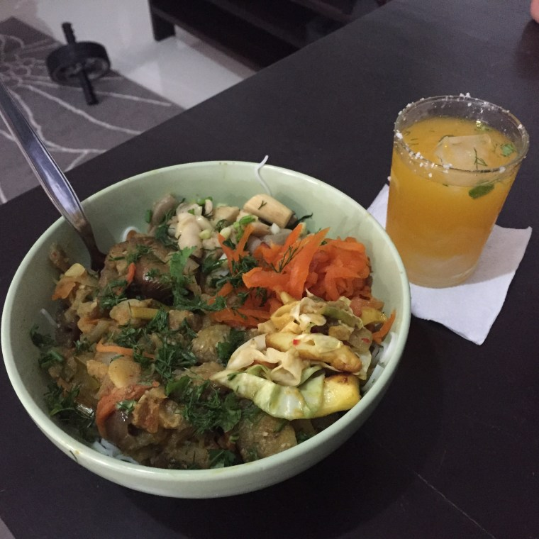Dinner is served! Thai noodles with yummy toppings and a Thai Mojito on the side!