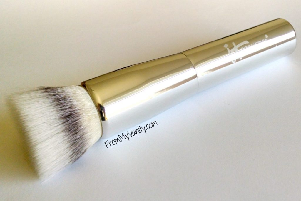 Top 10 It Cosmetics Product Recommendations // Friends & Family Sale // Powder Face Brush // #ItCosmetics FromMyVanity.com