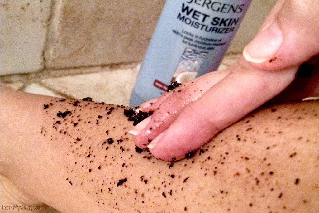 silky-smooth-legs-winter-jergens-scrub