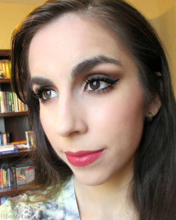 Easy daytime smokey eye -- perfect for any occasion!