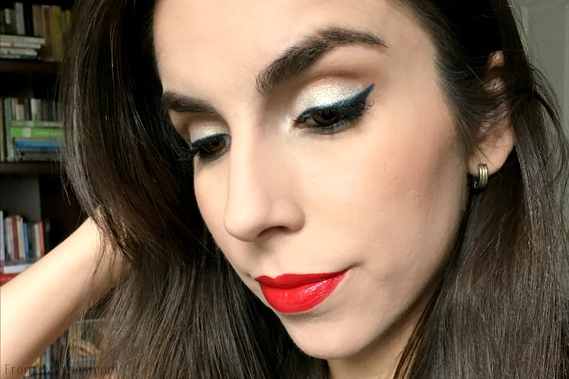 Wearable, festive 4th of July makeup look!