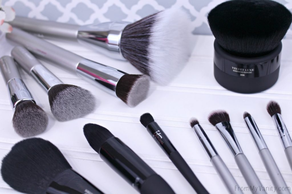 ulta makeup brushes. it cosemtics also makes brushes for the ulta line and are fantastic ulta makeup