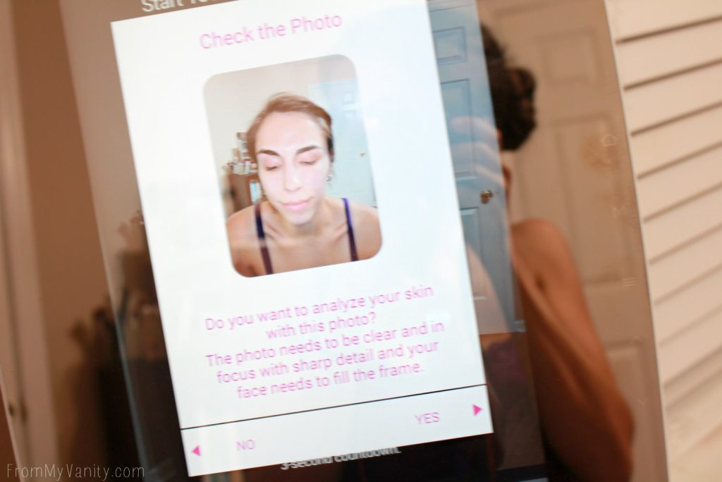 HiMirror does face recognition and skin analysis