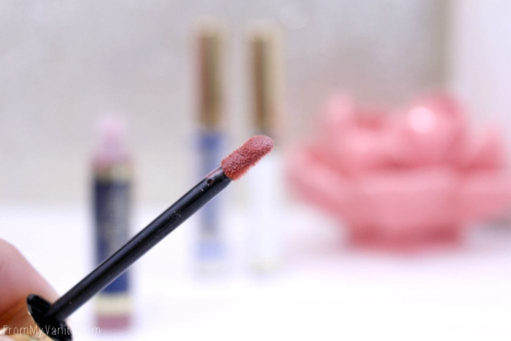 The applicator on Lipsense is very small and thin, making it easy to apply!
