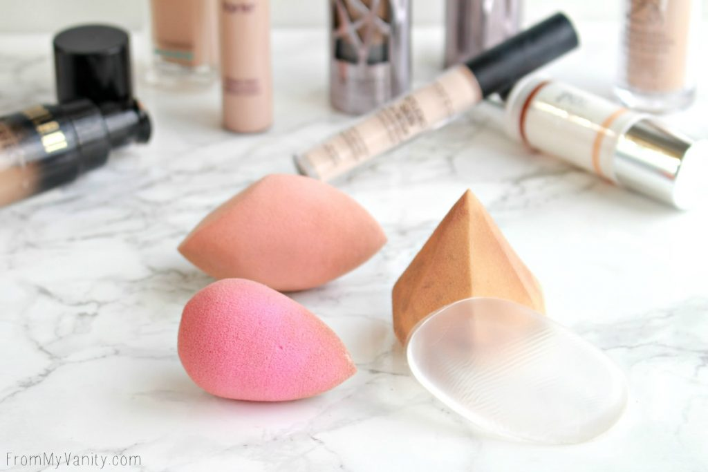 Makeup Sponges   Beauty Blender  SiliSponge   Miracle Complextion Sponge   Diamond Sponge