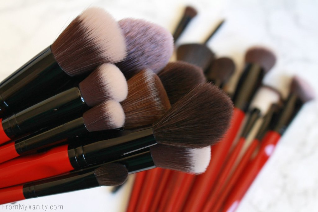 Smashbox Makeup Brush Review | Plus Cheaper Alternatives | Brush Cluster