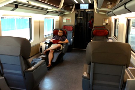interior paris to amsterdam train » [HD Images] Wallpaper For ...