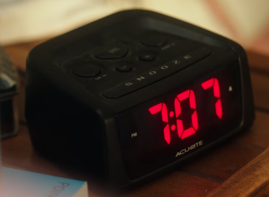 Alarm Clock in Rings (2016)