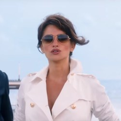 Sunglasses Penélope Cruz in Zoolander 2 (2016)