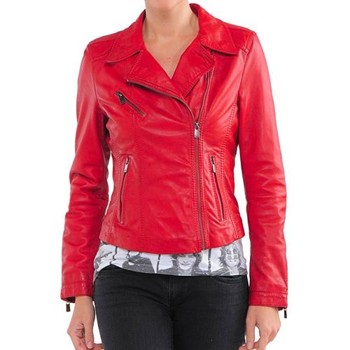 Red leather jacket Emma Stone in La La Land (2016)