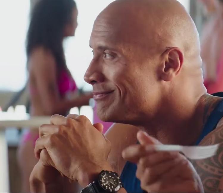Wristwatch Dwayne Johnson in Baywatch (2017)