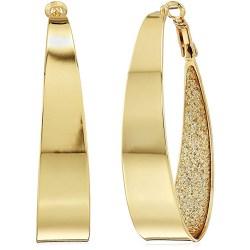 Large golden hoop earrings Eiza González in Welcome to Marwen (2018)