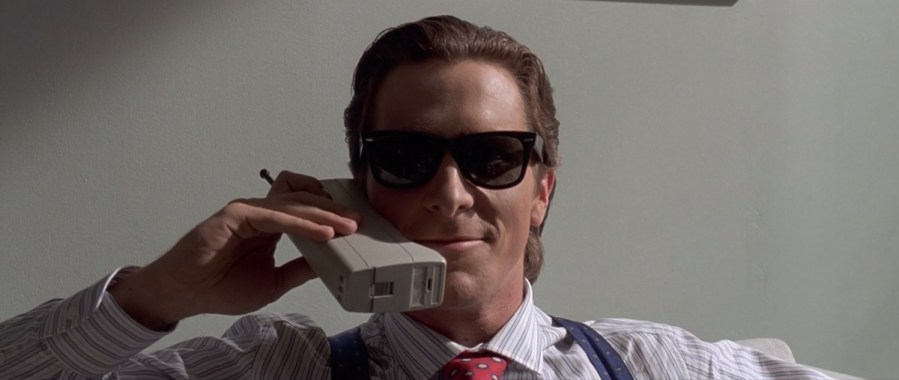Sunglasses Christian Bale in American Psycho (2000)