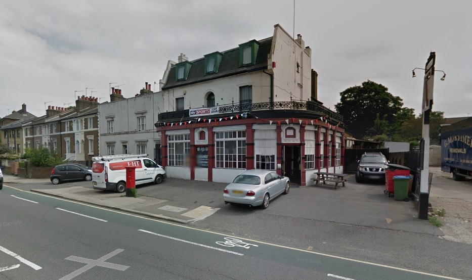 """Charlton pub The Pickwick sees plans to become an """"Aparthotel"""""""
