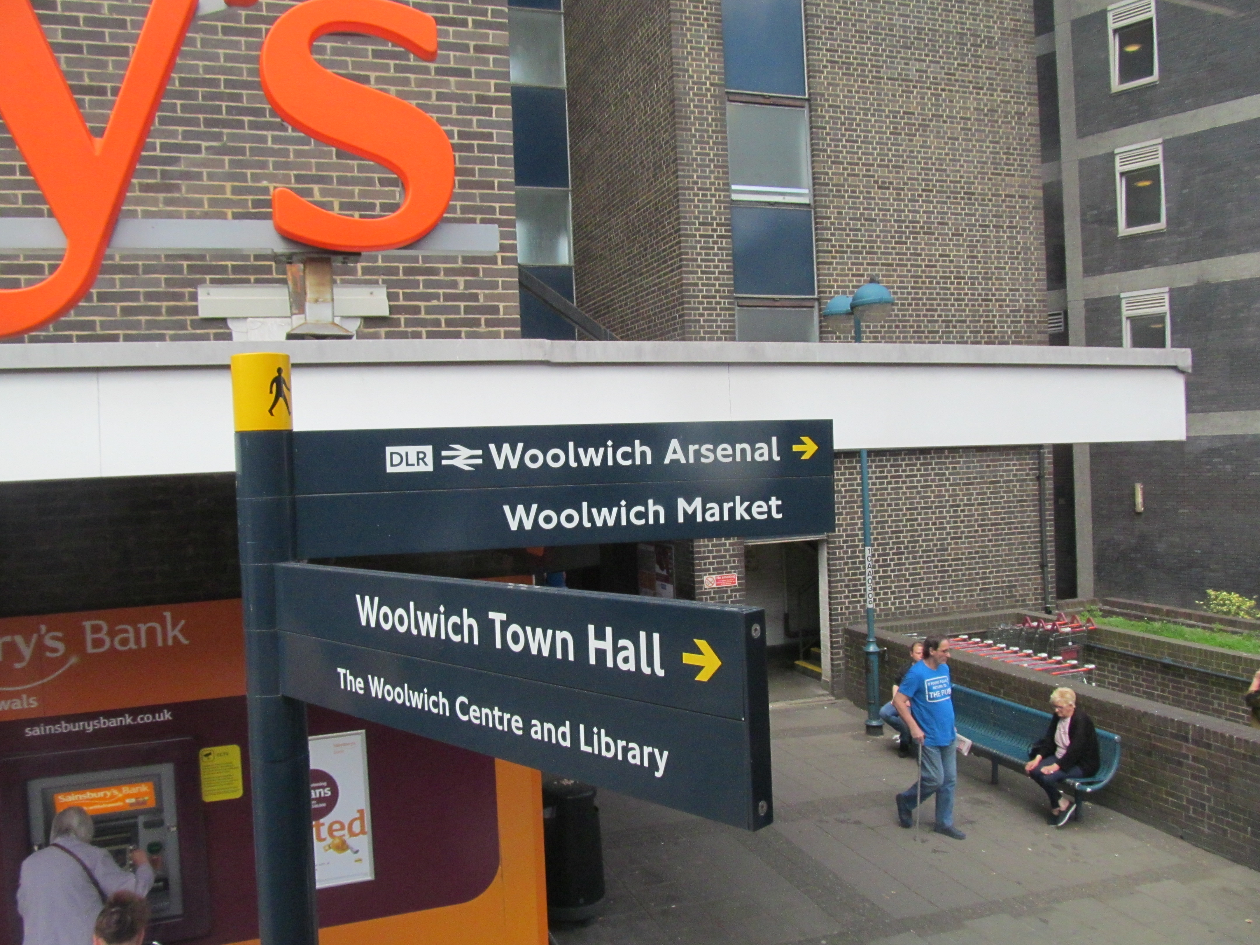 Greenwich Council look to sell old Woolwich library