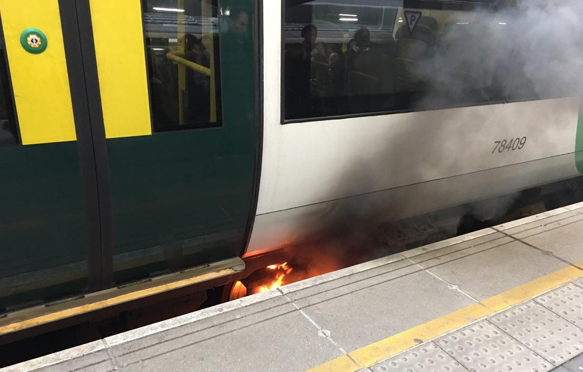 Train fire at London Bridge causing disruption