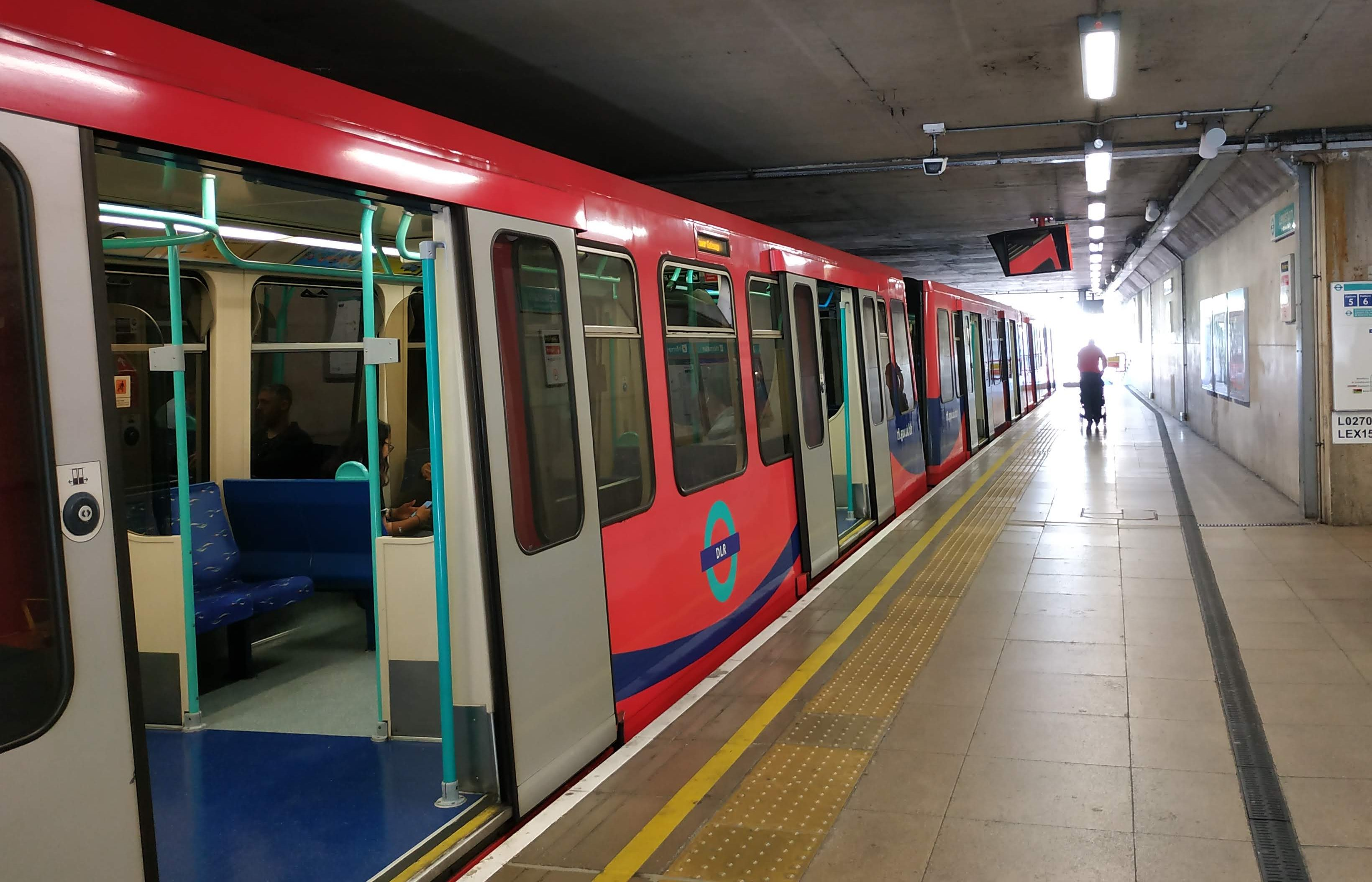Woolwich DLR station closed after train breaks down