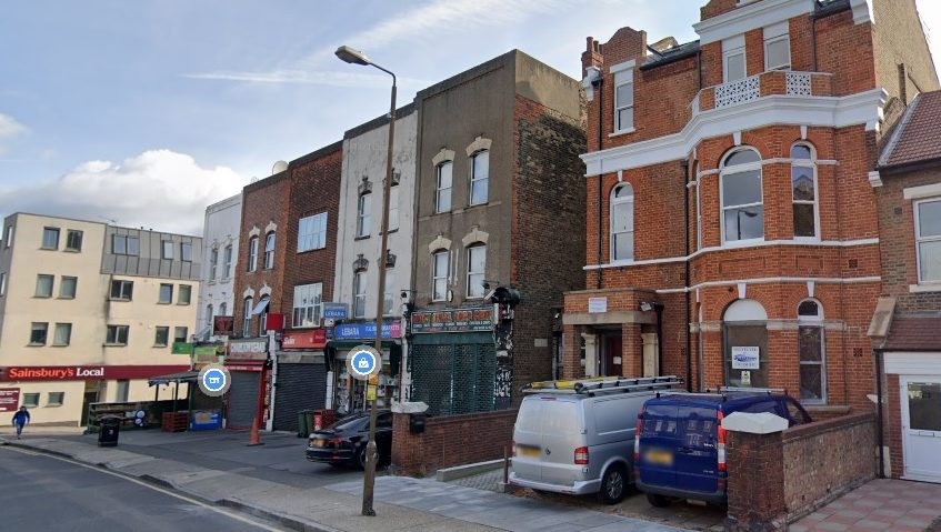 Plans to convert Charlton Conservative Club into 30 bedsits