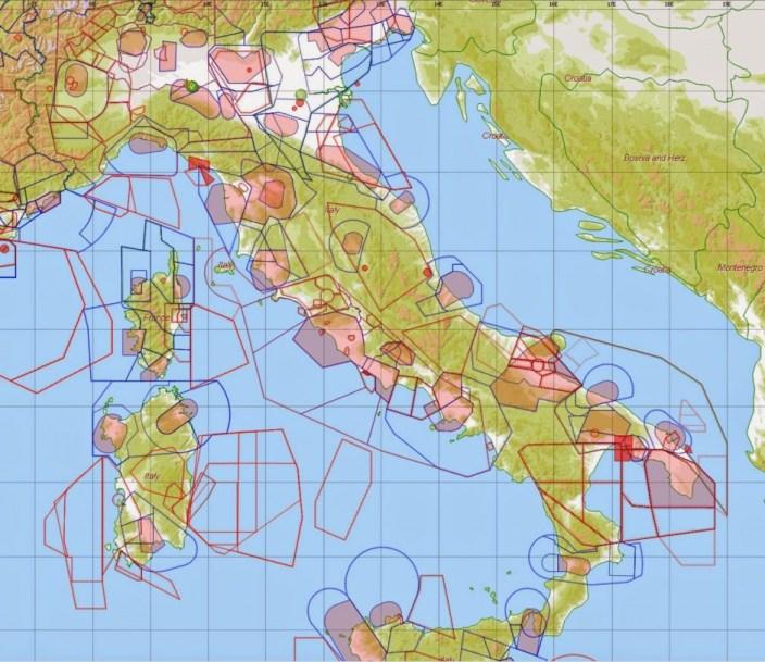 Spazio Aereo italiano - CTR 2015