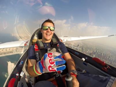 Luca Bertossio in volo su Dubai2