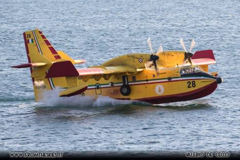 canadair cl-415 scoop