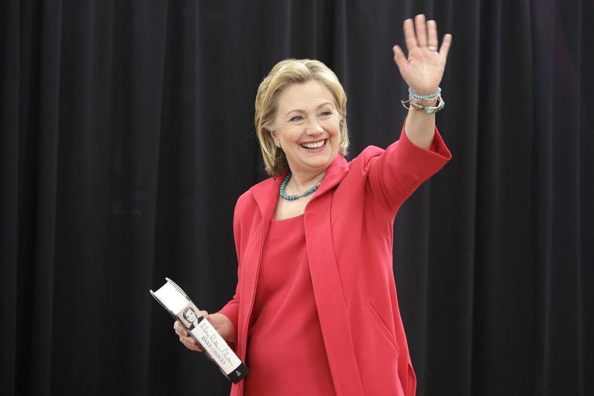 Aisha: Public Speculates Hillary Clinton Has A Body Double ... |Hillary Clintons Body
