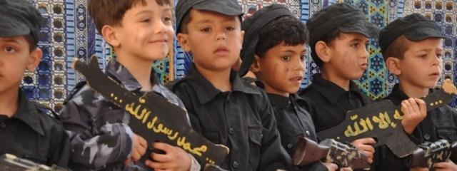 Tysiące dzieci jest zmuszanych do walki