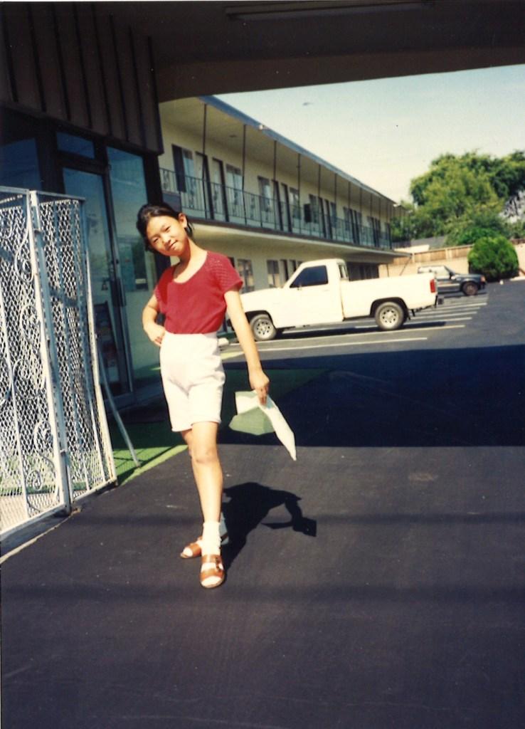 Kelly in motel