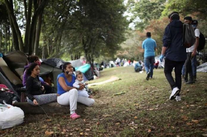 venezolanos campamento Bogotá