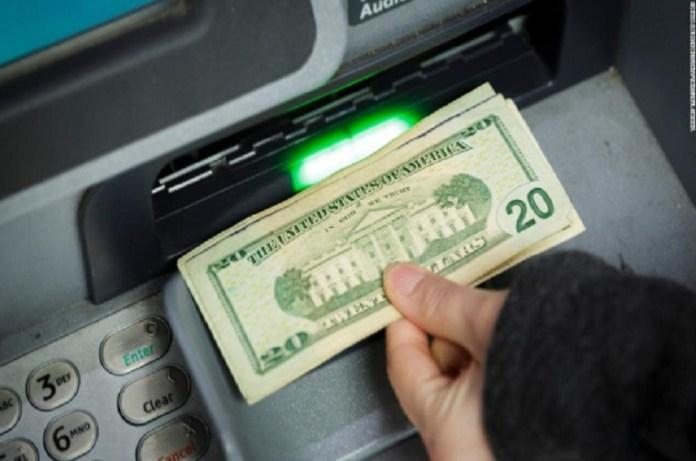 dólares efectivo