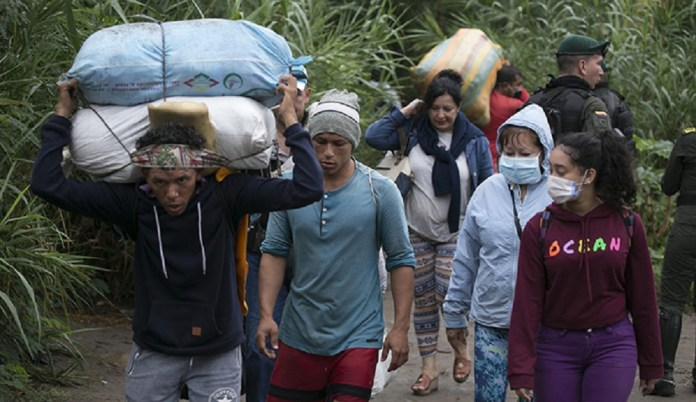 migrantes trochas frontera
