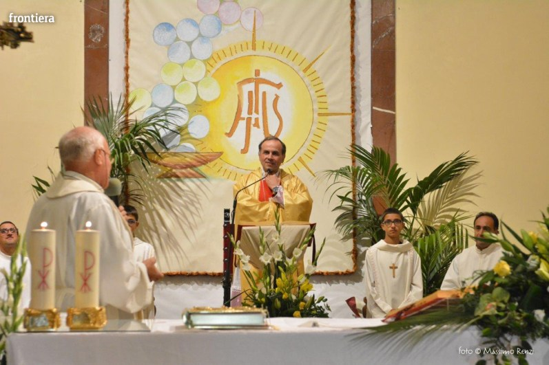 Mons Domenico Pompili a San Michele Arcangelo (Messa) 29 settembe 2015 foto Massimo Renzi 01