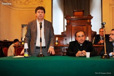 Mons. Pompili in Consiglio Comunale foto Massimo Renzi 03