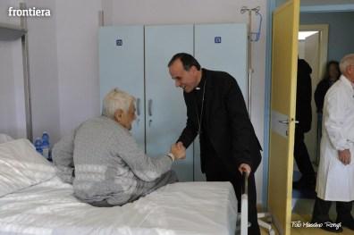 Mons-Domenico-Pompili-visita-al-De-Lellis-(22-dicembre-2012)-foto-di-Massimo-Renzi-17