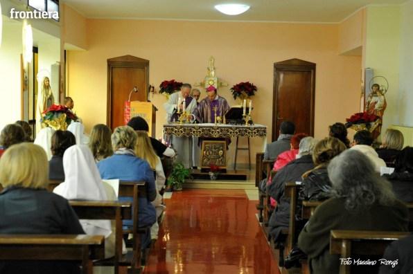 Mons-Domenico-Pompili-visita-al-De-Lellis-(22-dicembre-2012)-foto-di-Massimo-Renzi-30
