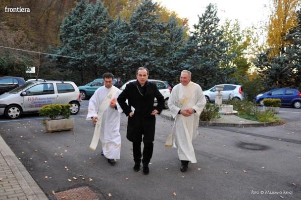 Visita-del-Vescovo-Domenico-Pompili-alla-RSA-di-S-Rufina-foto-Massimo-Renzi-11