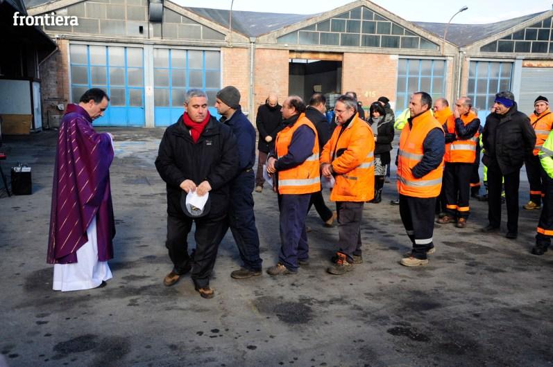 Visita-e-Messa-del-Vescovo-Domenico-Pompili-in-Asm-15-dicembre-2015-foto-David-Fabrizi-26