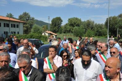 Manifestazione-acqua-Peschiera-Lecapore-5-agosto-2016-foto-Massimo-Renzi-14