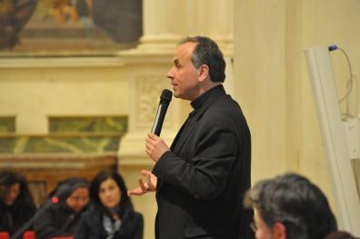 [04.03.2017] Incontro del vescovo con gli operatori pastorali MAS_0619