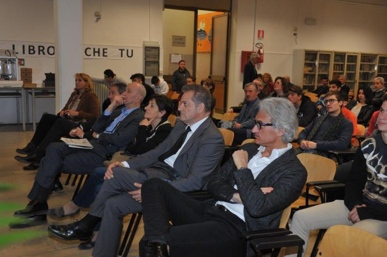 [31.03.2017] Consegna del Kit 3D al Celestino Rosatelli MAS_1461