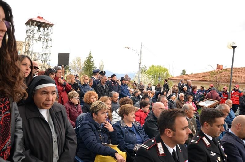 Santa-messa-di-Pasqua-Amatrice-2017-foto-Daniela-Rusnac-05