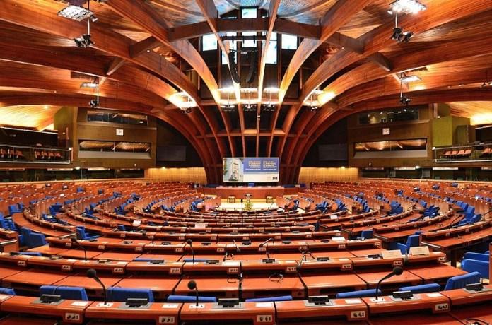Discriminatieverbod van niet-gevaccineerden door de Raad van Europa heeft geen bindende werking