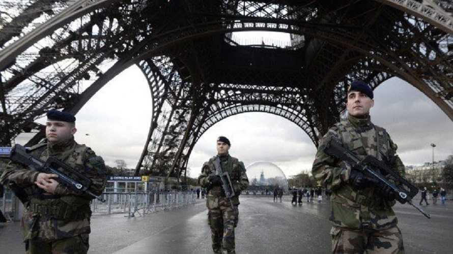 Viel Unterstützung für die Warnung der französischen Generäle vor dem bevorstehenden Bürgerkrieg - Frontnieuws