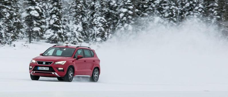 SEAT Ateca FR 2018 Winter Testing 09
