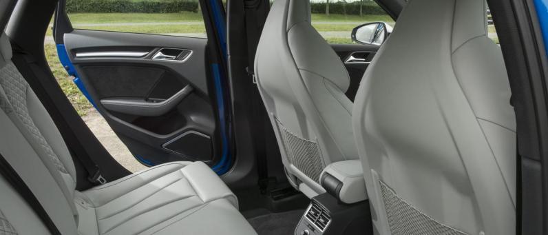 Audi RS 3 Sportback 2018 05