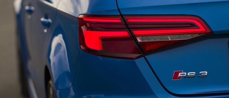 Audi RS 3 Sportback 2018 08